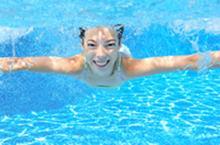 Swimmer/Nageur